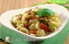 Pasta ai fiori di zucca e pomodorini