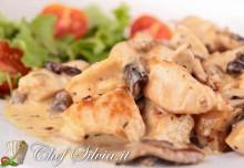Petto di pollo con panna e funghi