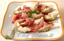 Carpaccio di manzo, carciofi e grana