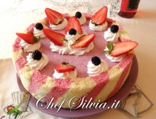 Cheesecake alle fragole e more