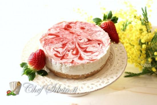 Cheesecake marmorizzato alla fragola