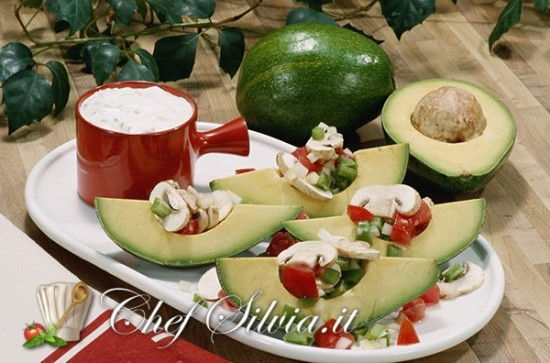 Insalata di avocado e champignon