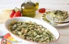 Lasagne di pane carasau, pesto e fagiolini