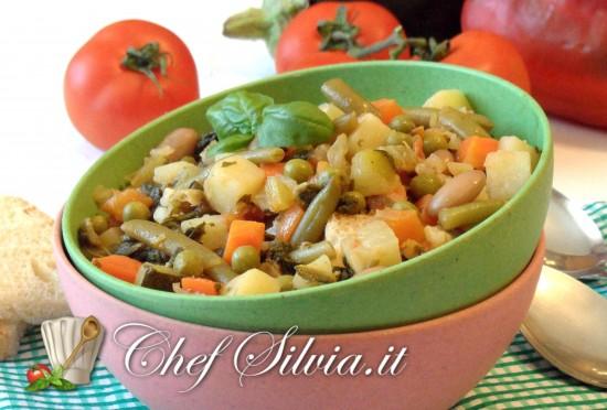 Zuppa fredda di verdure