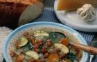 Minestrone di verdure e pesto