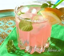 Pink mojito