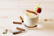 Smoothie alla banana e cannella