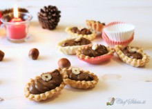 Pasticcini con mousse al cioccolato