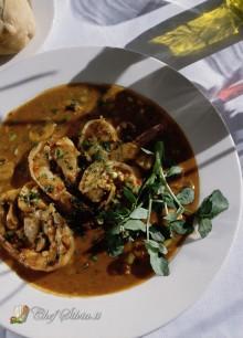 Zuppa di lenticchie, funghi e gamberi